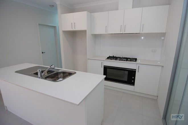 Picture of 14/10 Cordovan Parkway, AVELEY WA 6069