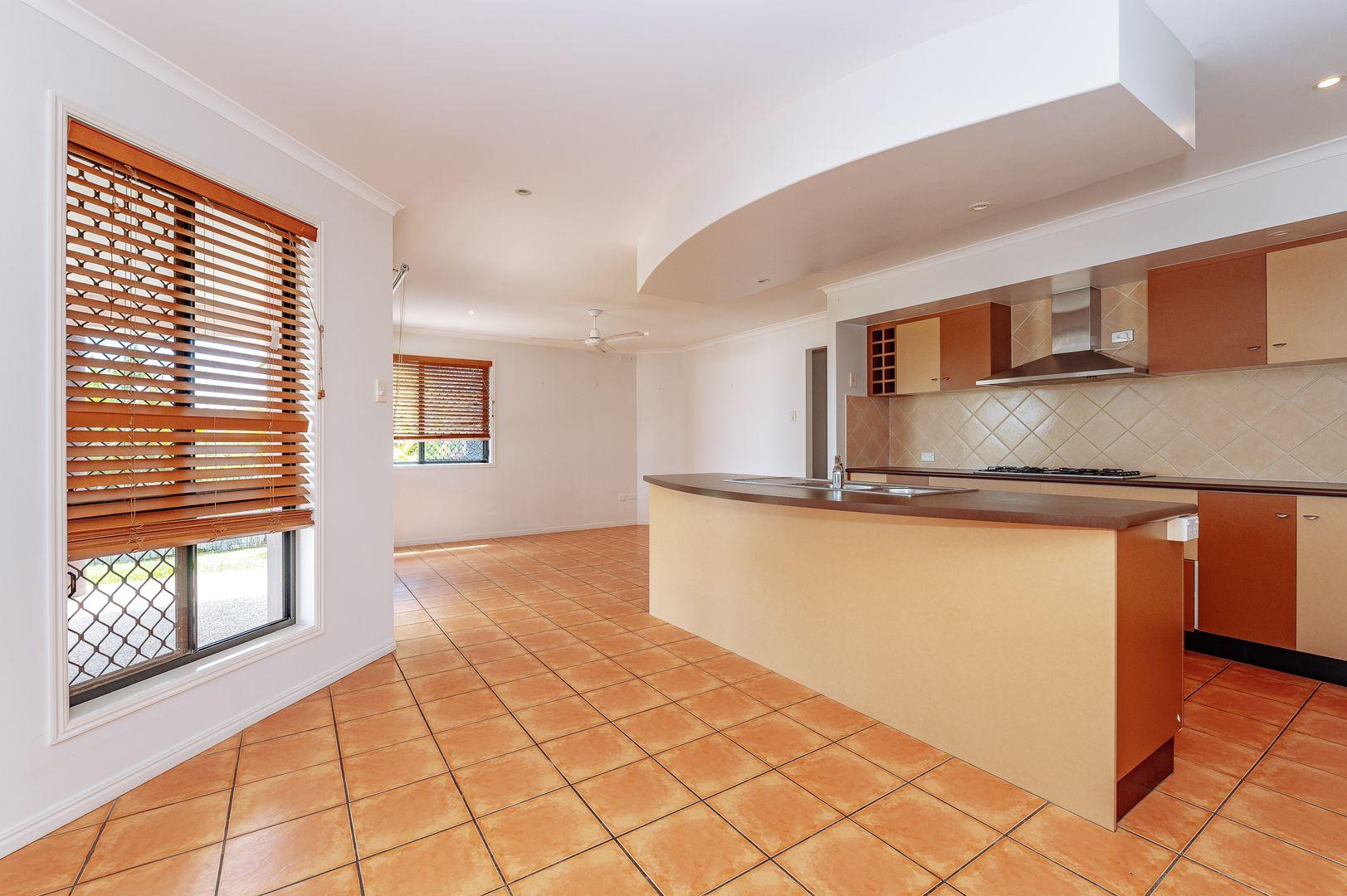 15 Sandringham Close, Telina QLD 4680, Image 1