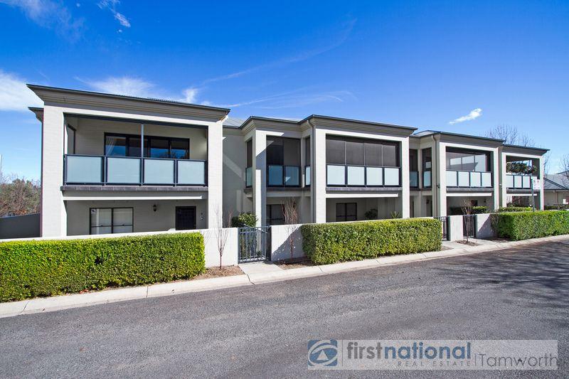 2/3 MacArthur Place, Tamworth NSW 2340, Image 0