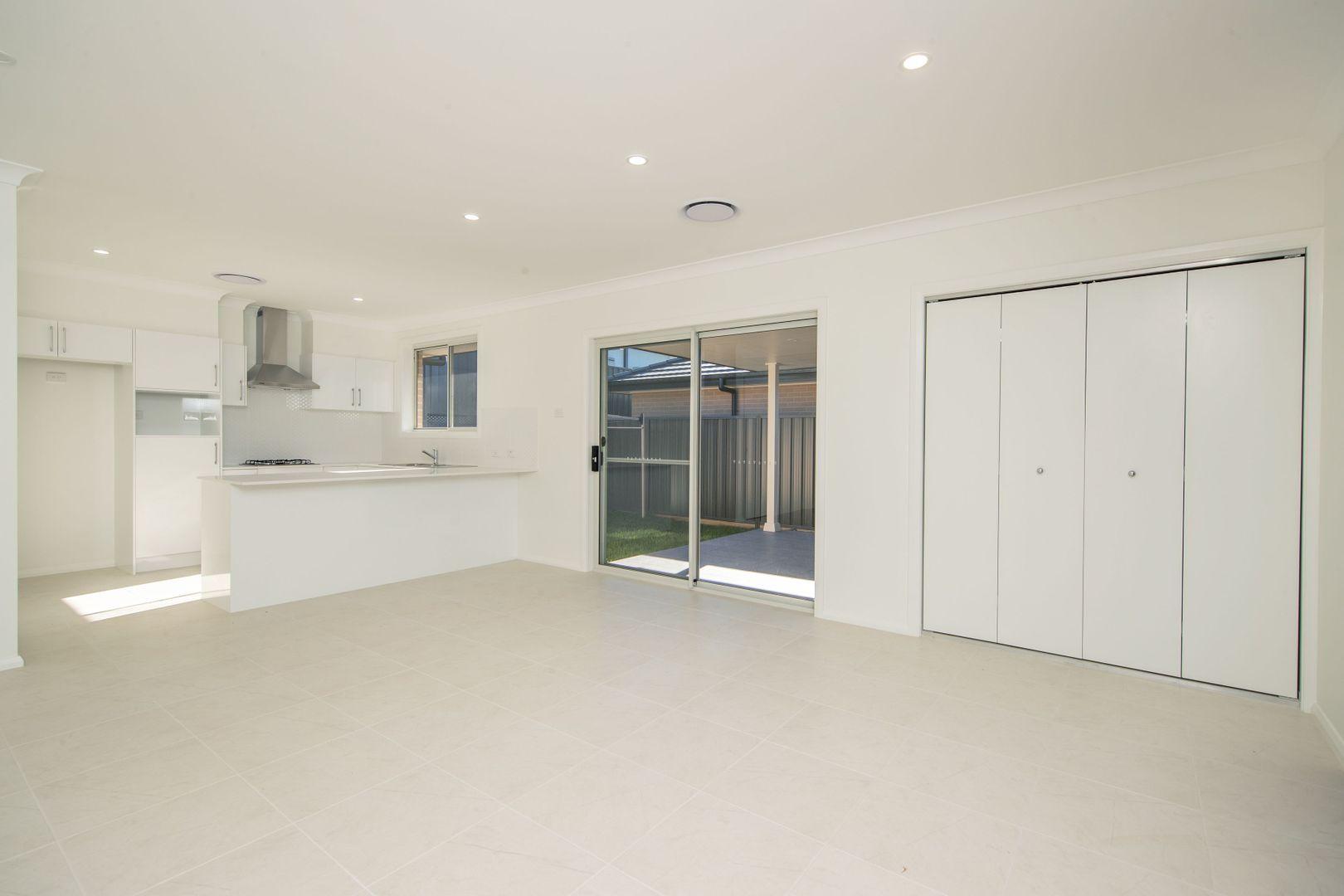 2 Sutcliffe Street, Cameron Park NSW 2285, Image 1