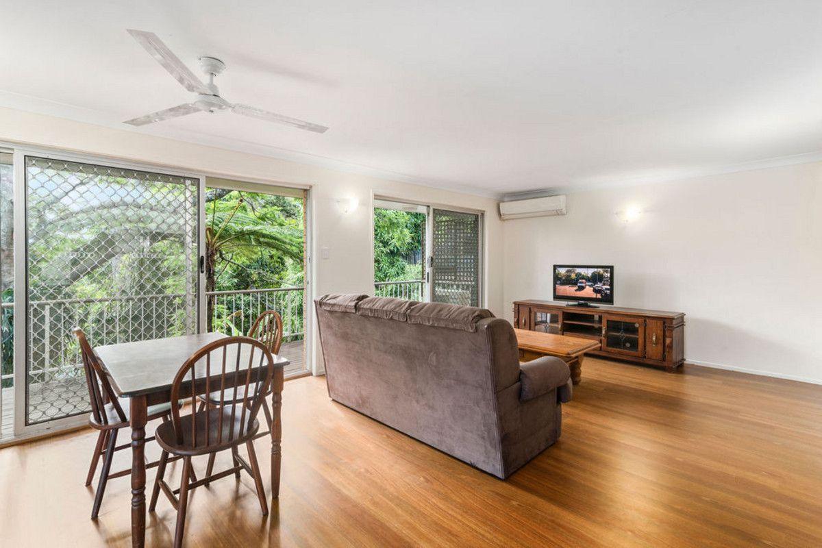 11 Alkira Street, Tugun QLD 4224, Image 2