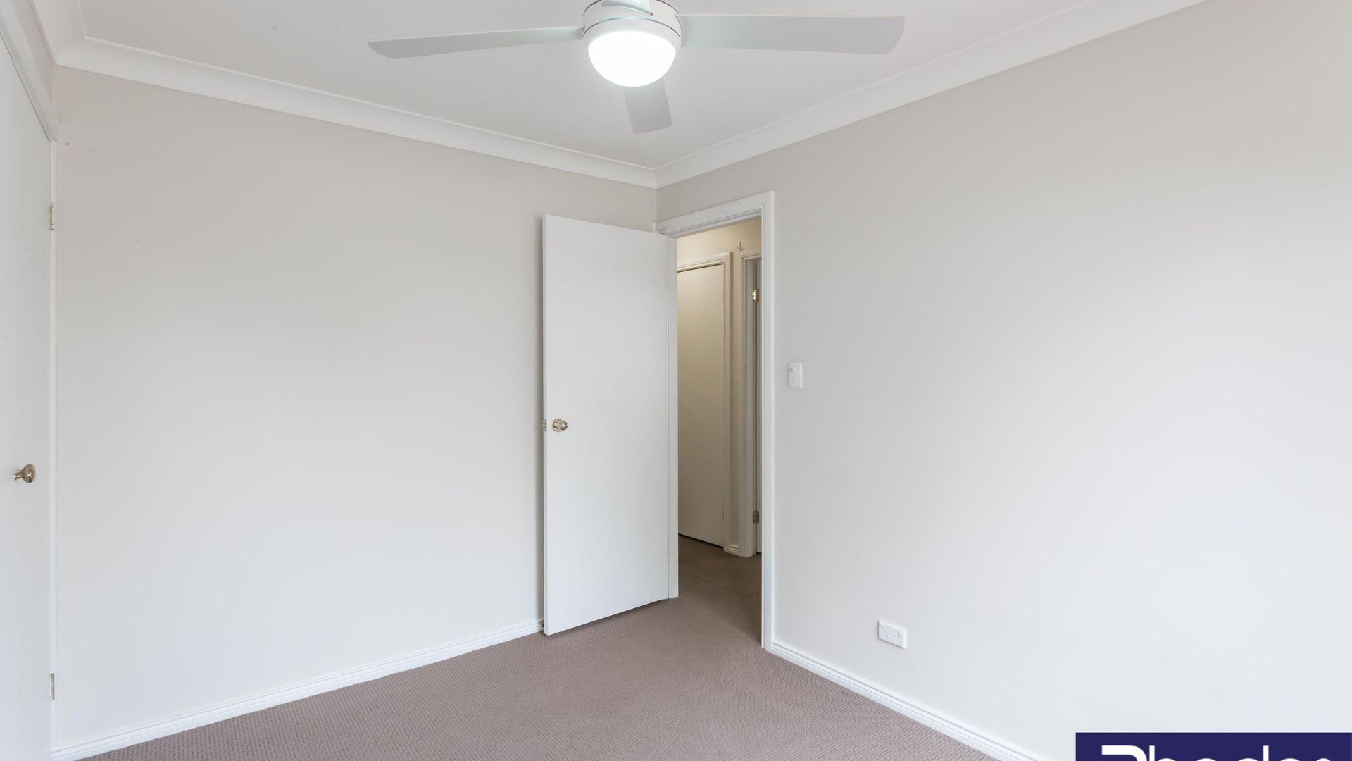 42 Harwood Circuit, Glenmore Park NSW 2745, Image 2