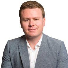 Shane Perry, Sales Associate