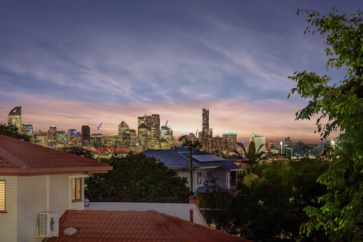 4 Tamarang Street, Tarragindi QLD 4121, Image 0