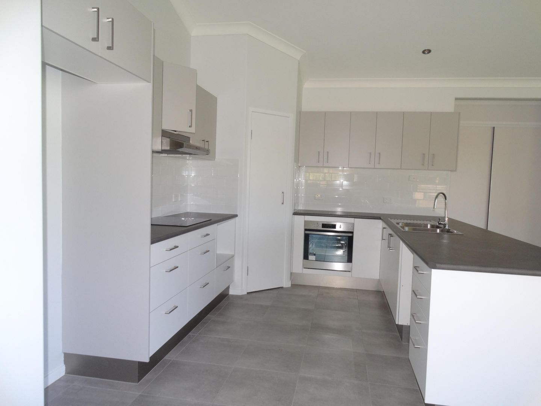 1 Viewpoint Terrace, Idalia QLD 4811, Image 1