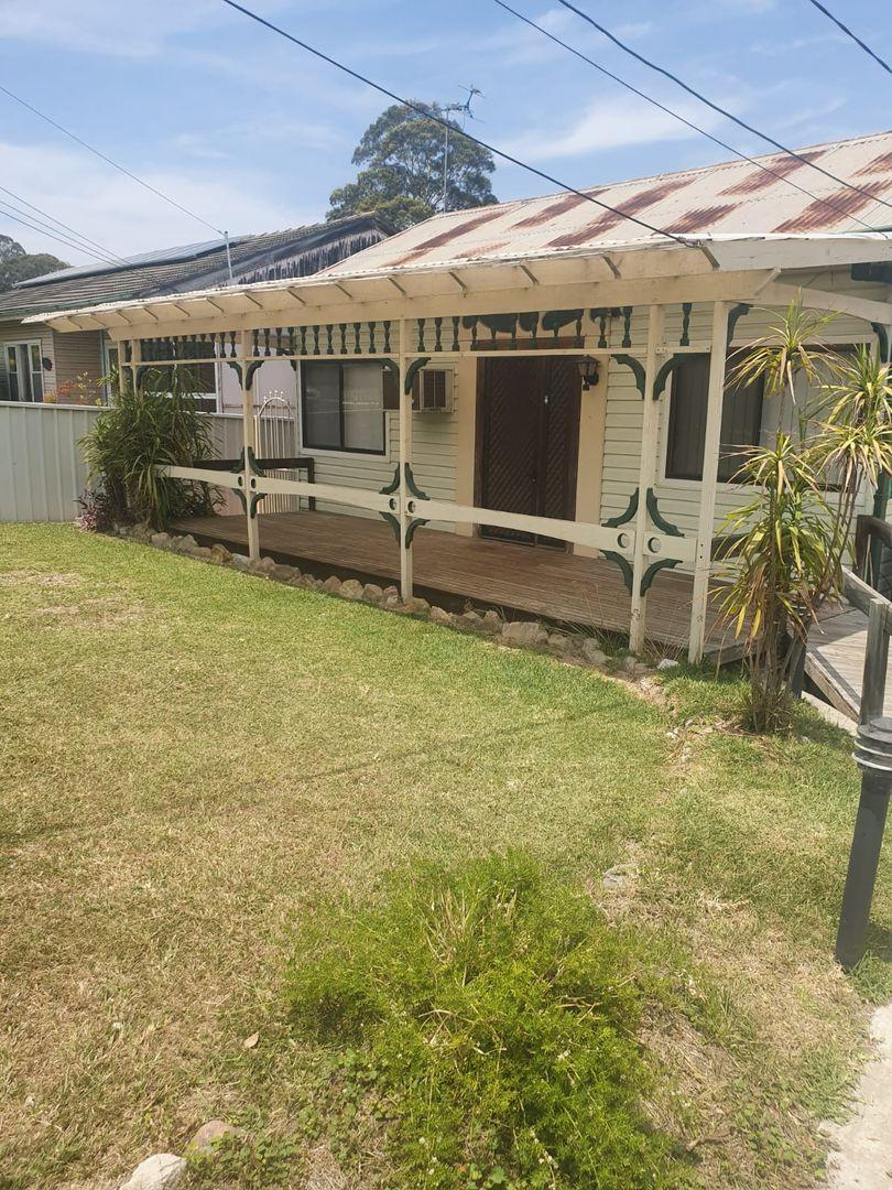 8 Wendover St, Doonside NSW 2767, Image 0