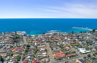 Picture of 8  Karooah Avenue , Blue Bay NSW 2261
