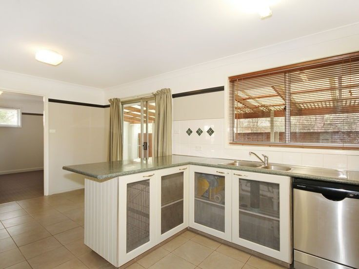 9 Patricia Close, Armidale NSW 2350, Image 2