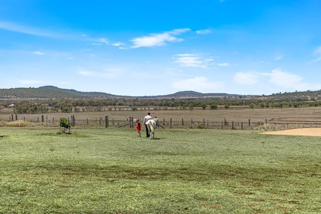 Picture of 330 Knust Road, MOUNT TYSON QLD 4356