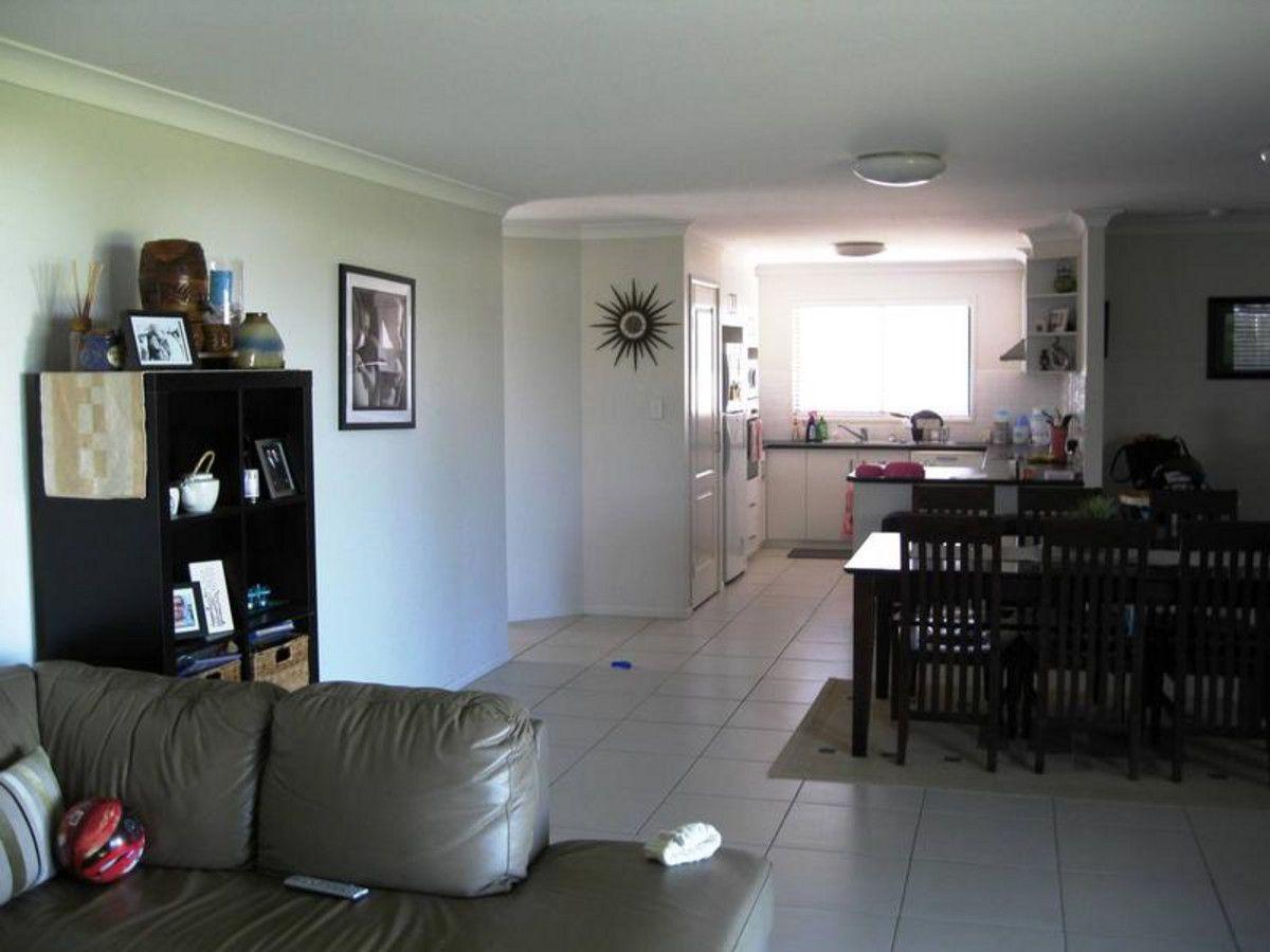 14 Patron Crescent, Glenvale QLD 4350, Image 2