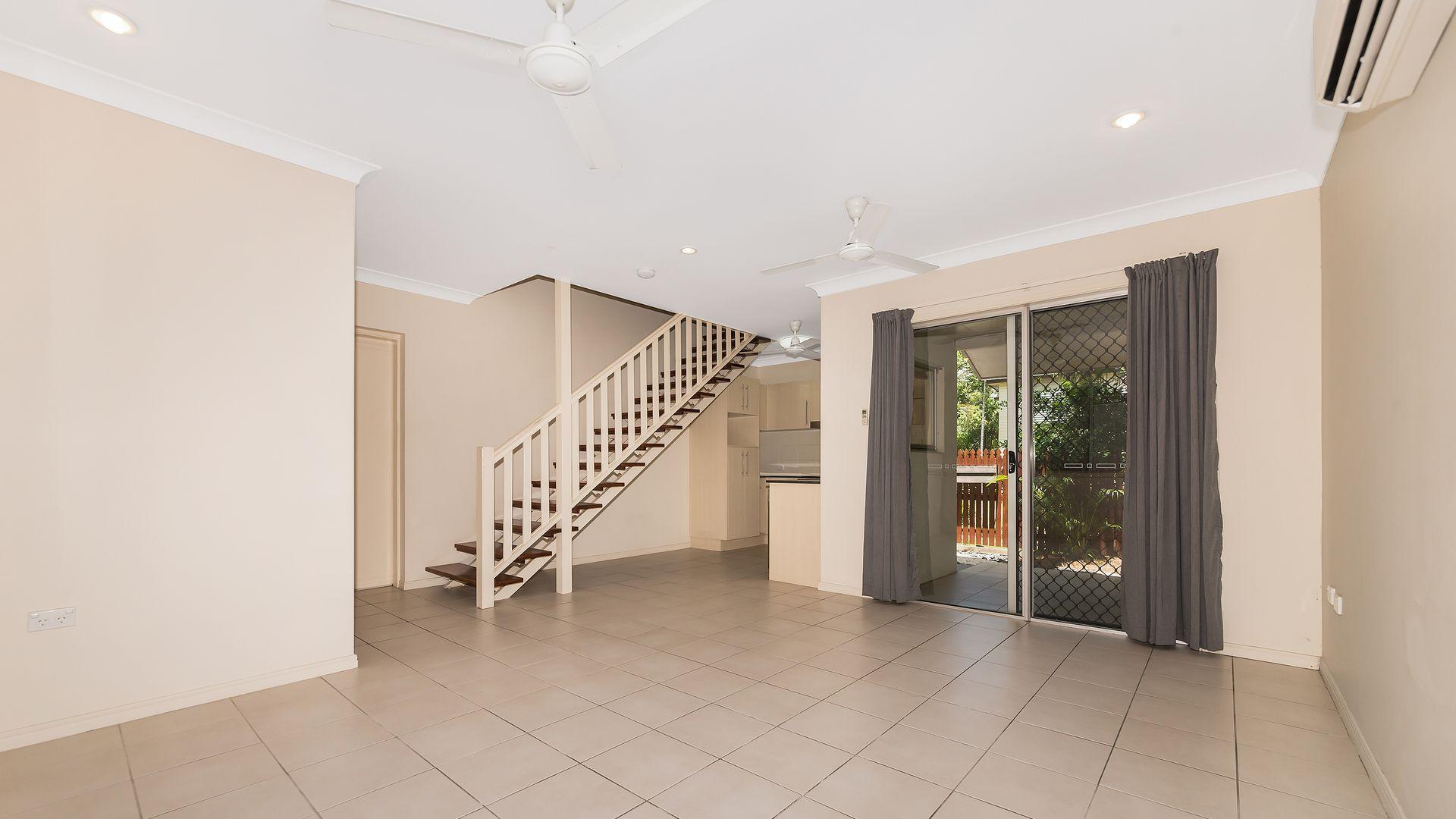 3/37 Latchford Street, Pimlico QLD 4812, Image 2