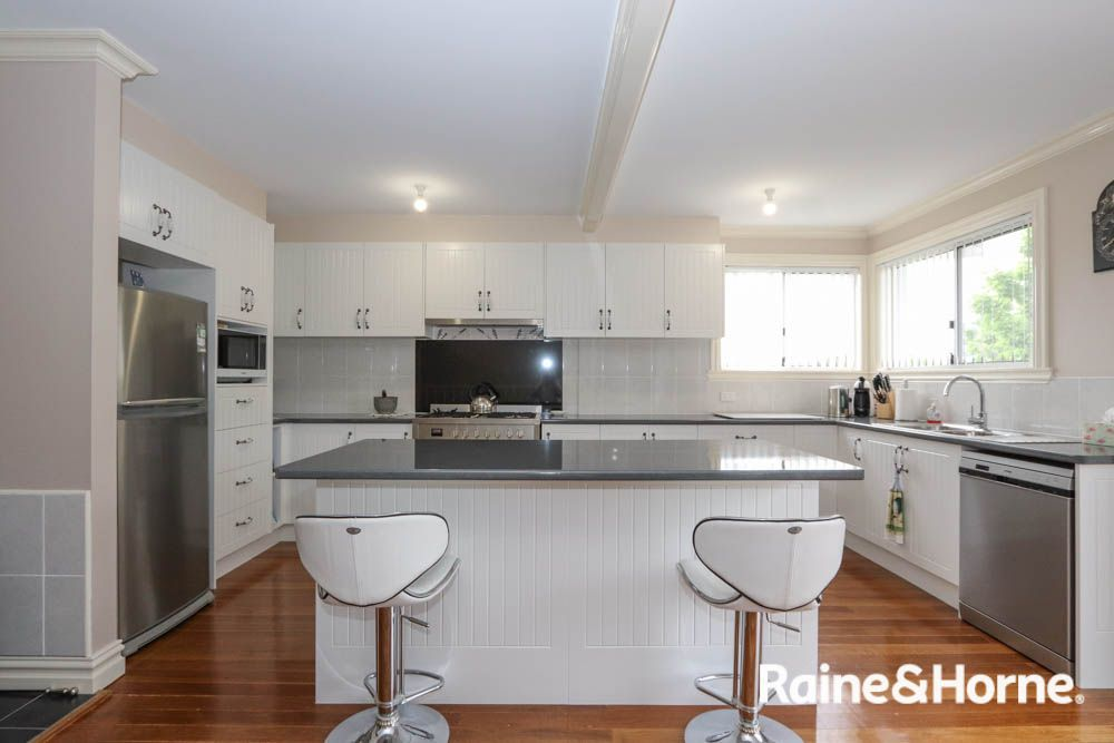 399 Russell Street, West Bathurst NSW 2795, Image 1