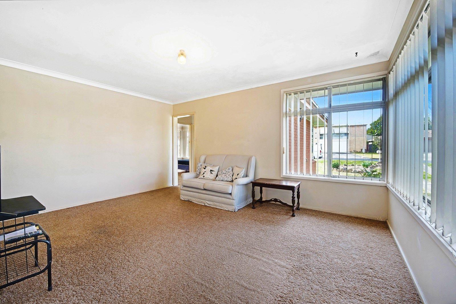 9 Karabil Cres, Baulkham Hills NSW 2153, Image 1