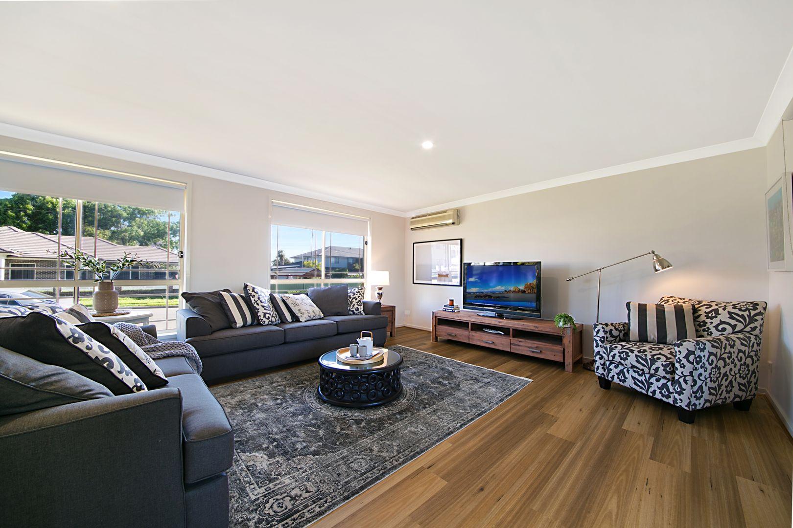8 Hamilton St, South Wentworthville NSW 2145, Image 1
