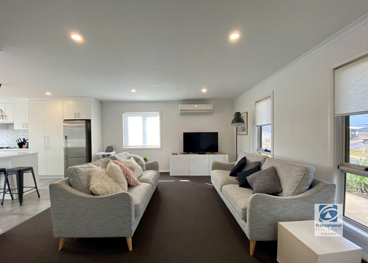 42B Twynam Street, Jindabyne NSW 2627, Image 2