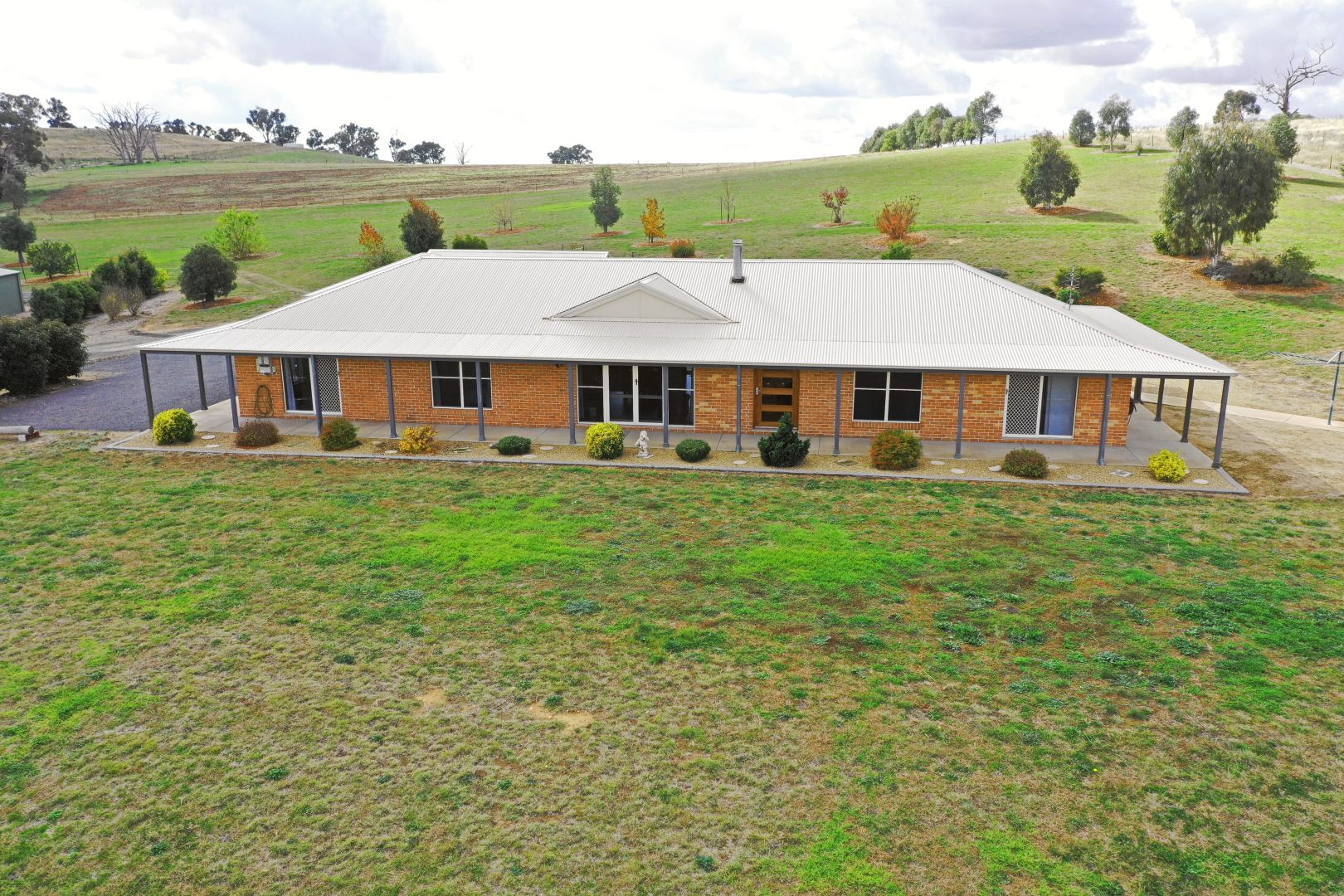 105 Donges Road, Young NSW 2594, Image 1