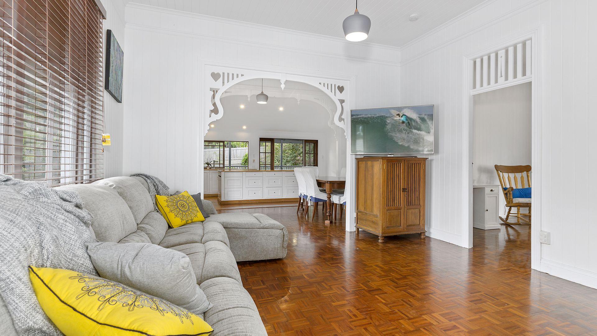 96 Cochrane Street, Red Hill QLD 4059, Image 2