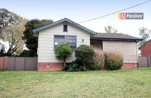17 Ziegler Avenue, Kooringal NSW 2650