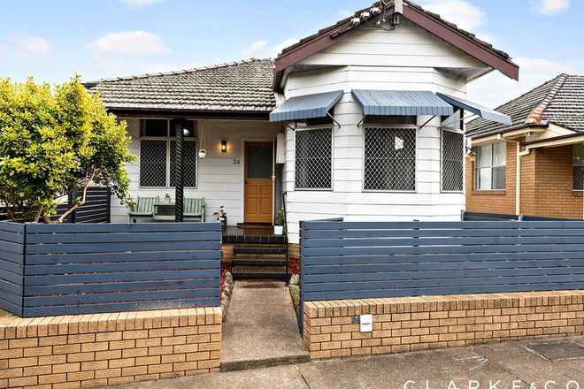 Picture of 24 Junction Street, TELARAH NSW 2320