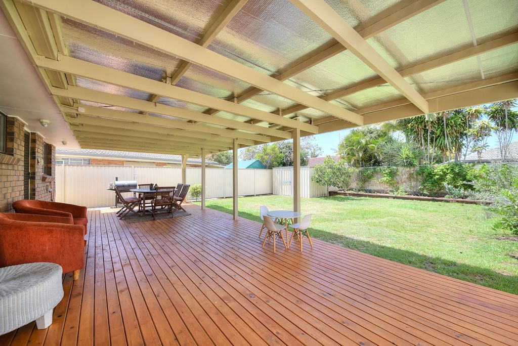 1/5 Russell Court, Miami QLD 4220, Image 0