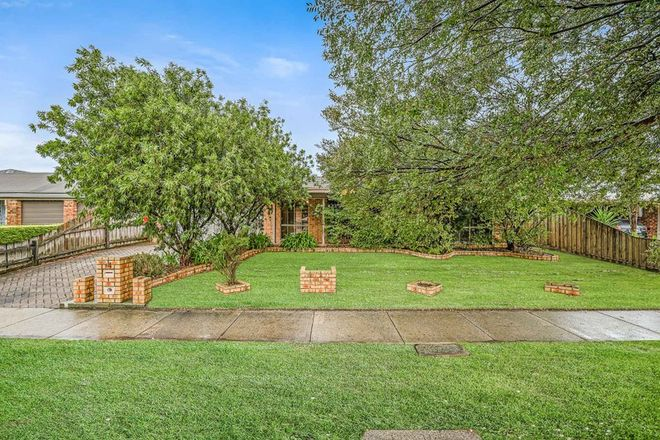 Picture of 64 Bellevue Drive, BERWICK VIC 3806