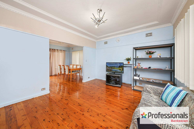 19 Daphne Avenue, Bankstown NSW 2200, Image 1
