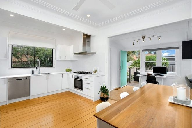 Picture of 9 Playfair  Road, NORTH CURL CURL NSW 2099