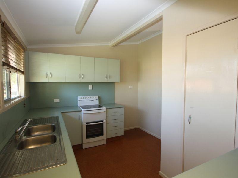 15 Twelfth A Avenue, Home Hill QLD 4806, Image 1