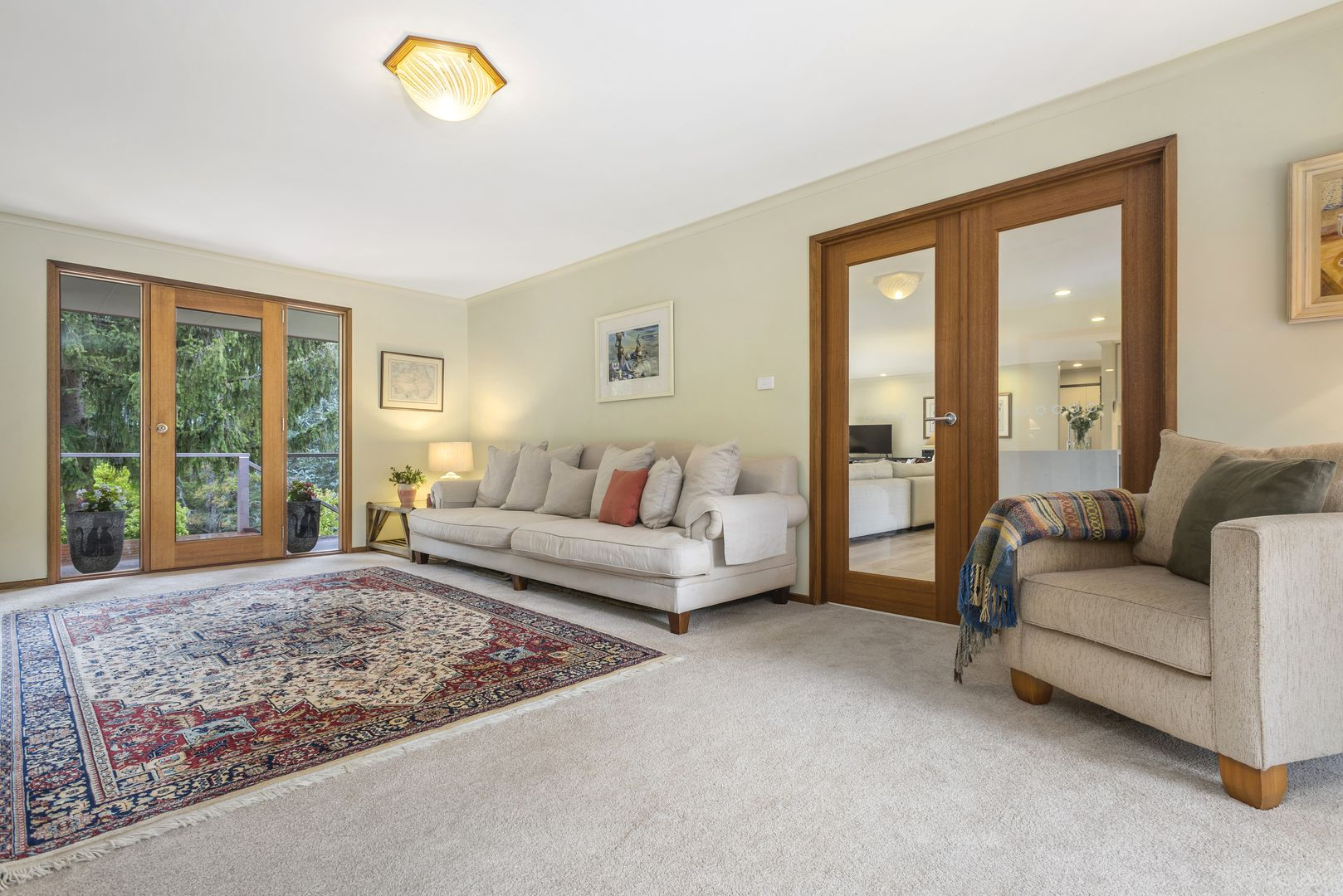 28 Royle Court, Woodend VIC 3442, Image 2