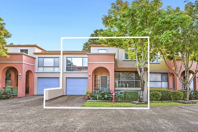 Picture of 66/20 Fairway Drive, CLEAR ISLAND WATERS QLD 4226