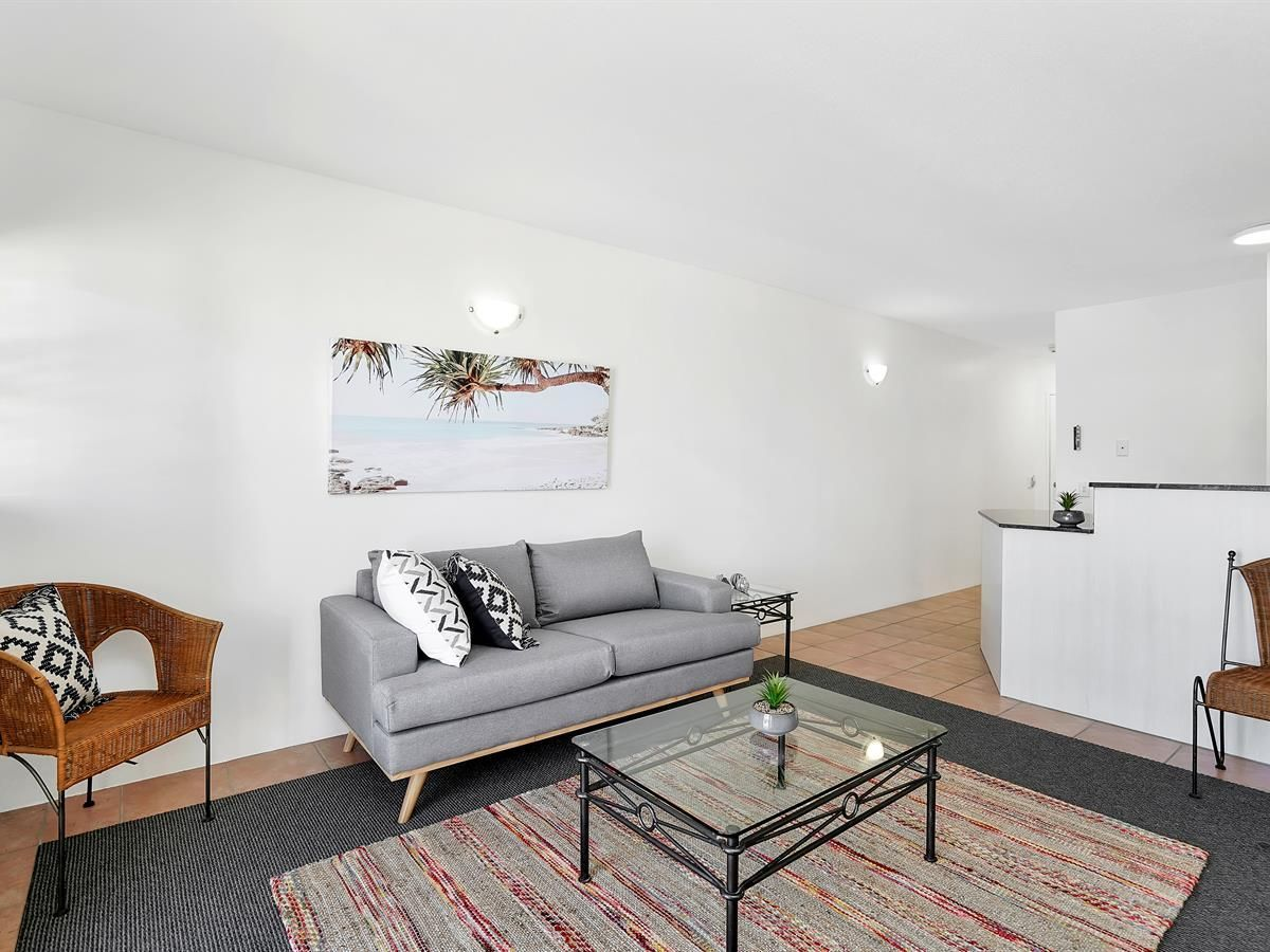 37/71-75 Lake Street, Cairns City QLD 4870, Image 2