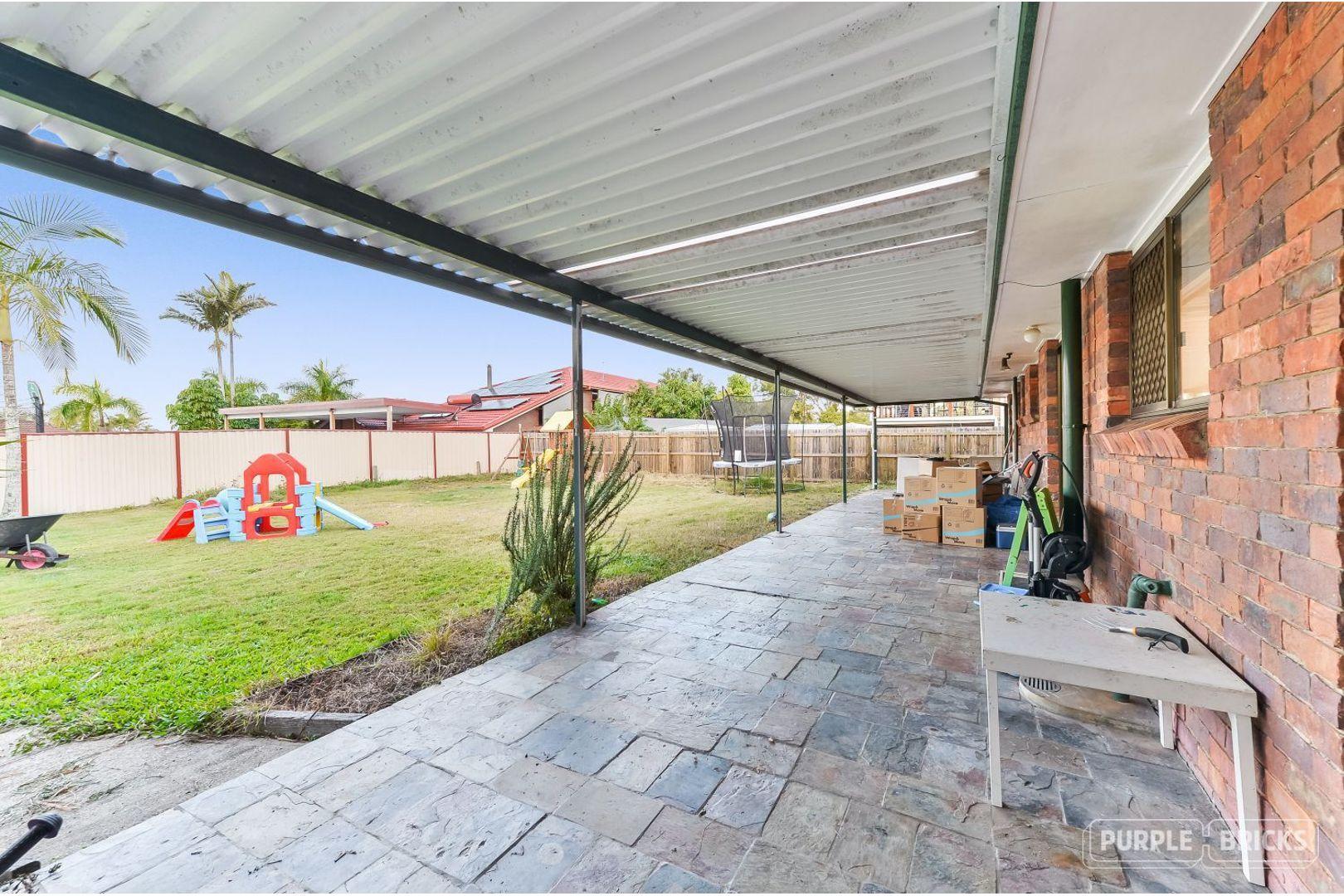 33 Woodlands Avenue, Petrie QLD 4502, Image 1