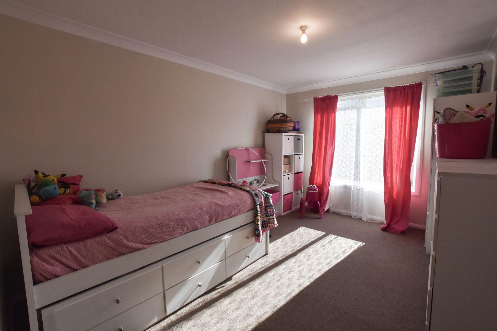 25 Belmore Street, Mittagong NSW 2575, Image 2