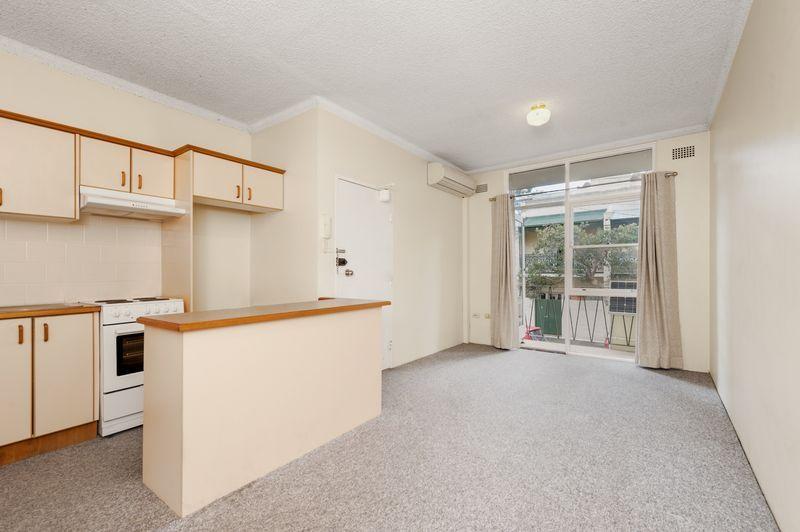 2/1a Thomas Street, Birchgrove NSW 2041, Image 1