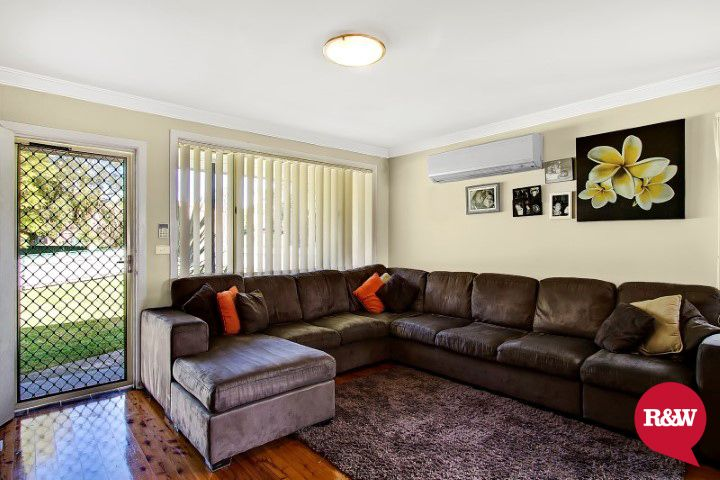 43 Roebuck Crescent, Willmot NSW 2770, Image 1