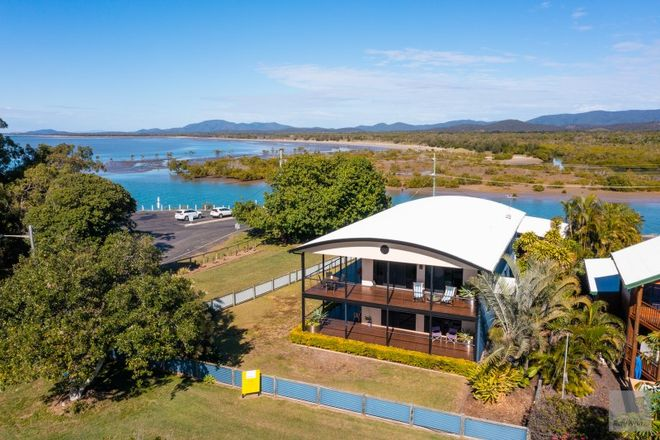 Picture of 142 Schofield Parade, KEPPEL SANDS QLD 4702
