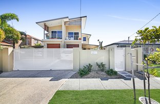 Picture of 2/40 Middle Street, Labrador QLD 4215