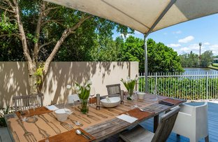 Picture of 6059 Lugano Drive, Hope Island QLD 4212