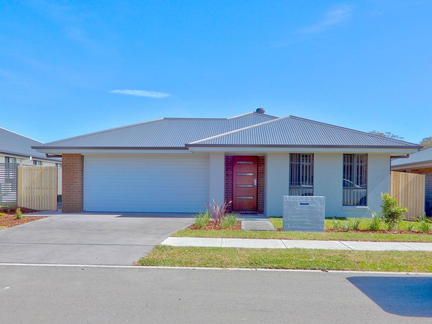 4 Uralla St, Fern Bay NSW 2295, Image 0