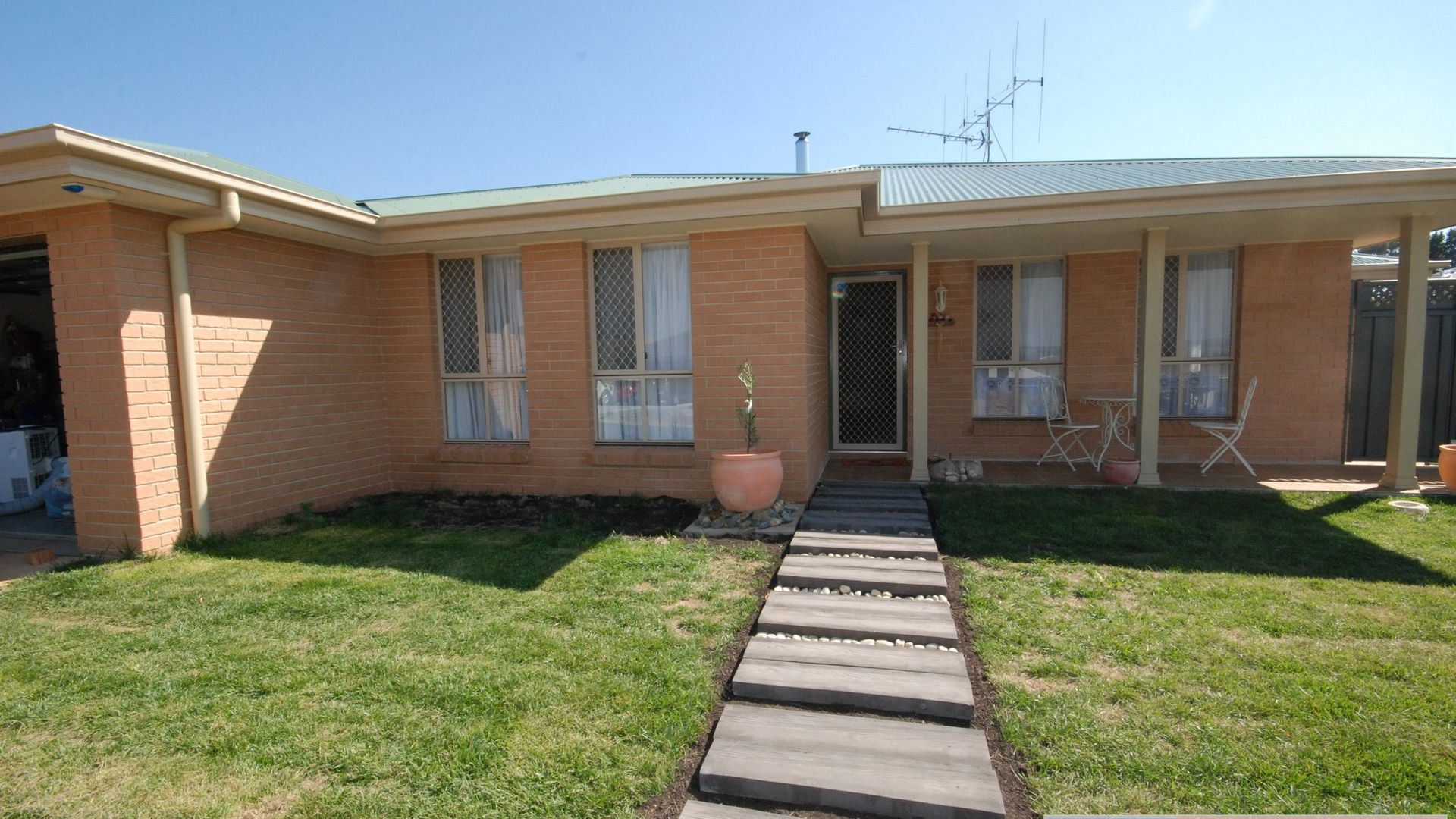 2 Flynn Place, Bungendore NSW 2621, Image 2