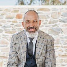 Peter Kikianis, Sales representative