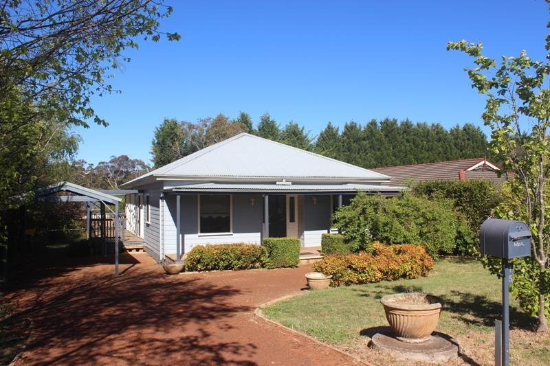 15 Betula Gr, Bundanoon NSW 2578, Image 0
