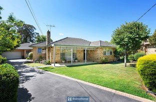 Picture of 1/2 Rowan Court, Mount Waverley VIC 3149