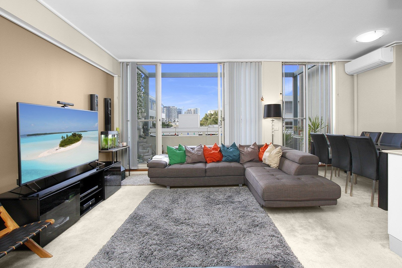 405/2 The Piazza, Wentworth Point NSW 2127, Image 1