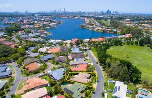 9 Martingale  Circuit, Clear Island Waters QLD 4226