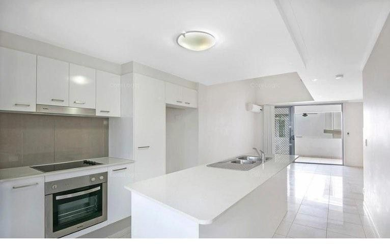 2/34 Bridgewater Street, Morningside QLD 4170, Image 0