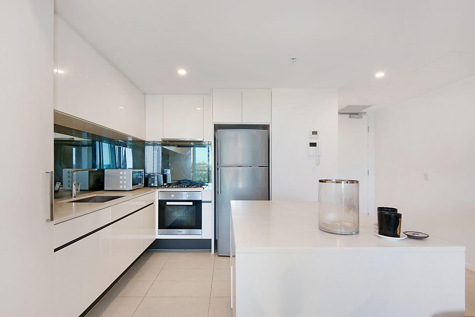511/50 Hudson Rd, Albion QLD 4010, Image 2