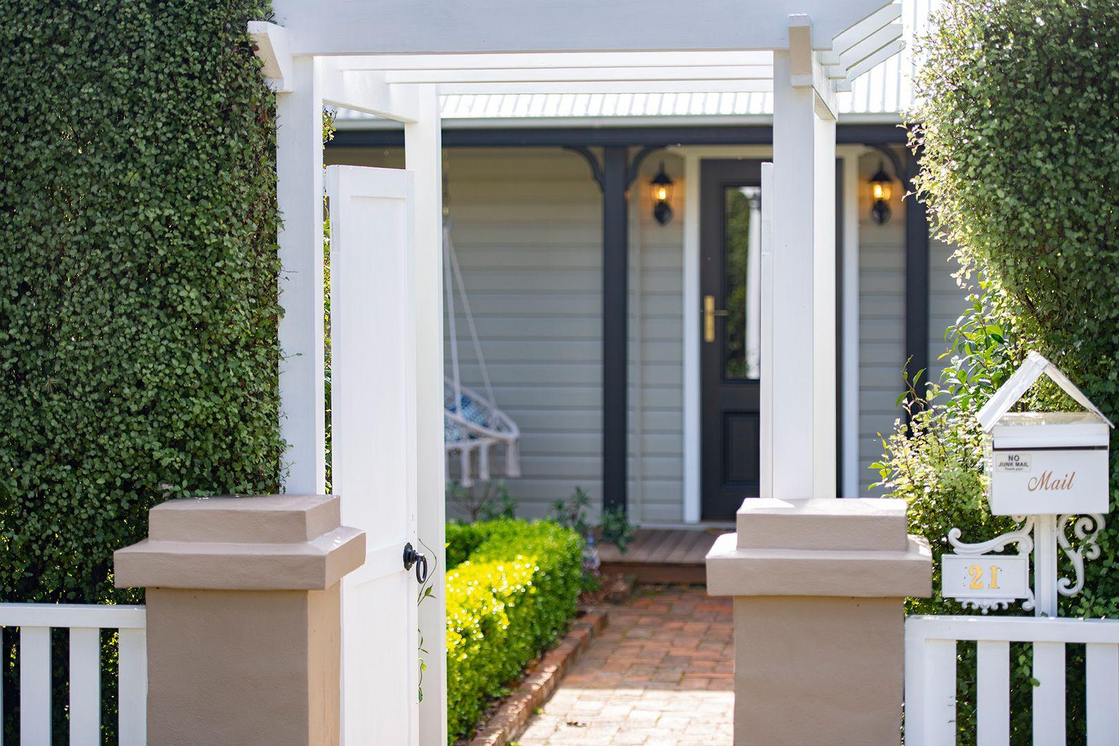 21 Elizabeth Street, Moss Vale NSW 2577, Image 1