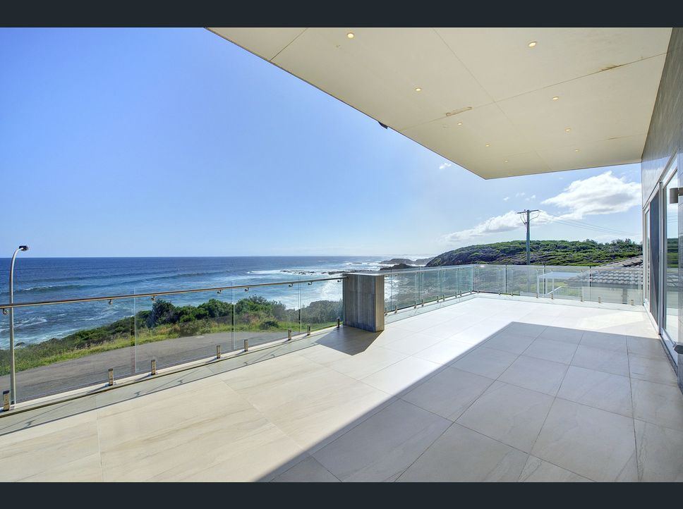 26 Pacific Street, Fishermans Bay NSW 2316, Image 2