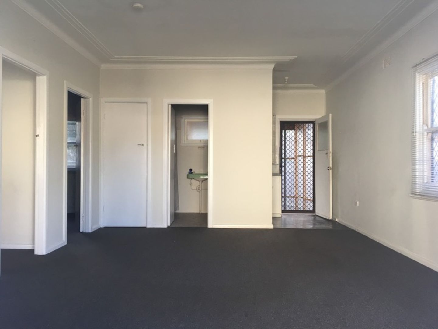 1/35 Thames Street, West Wollongong NSW 2500, Image 1